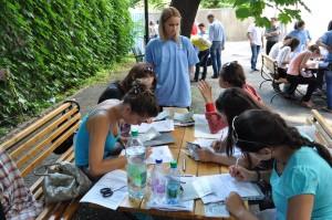 Înca 2850 de burse pentru tinerii basarabeni din Republica Moldova